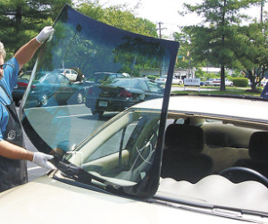 Windshield Replacemant, Windshield Repair, Auto Tint Repair
